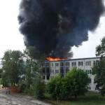 Akadeemia tee 30 hoone põleng 16. augustil . Foto: ERR